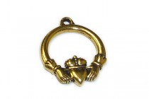 Antique Gold Plated Large Claddagh Charm - TierraCast®
