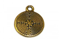 Charm,Labyrinth, TierraCast®: ,antique gold - plated pewter (tin-based alloy), 16mm .
