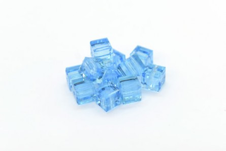 Aquamarine Champagne 5601 Swarovski &reg: Crystal with third-party coating,Cube Bead