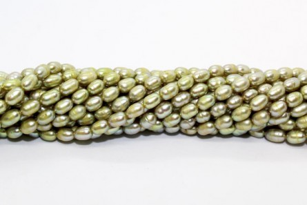Rice Freshwater Pearls - Peacock Green Light - A Grade